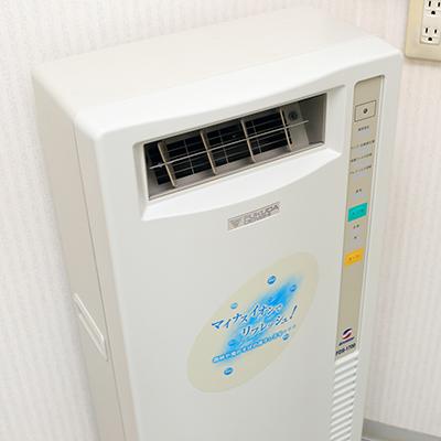 空気殺菌脱臭装置